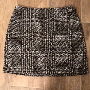 Size 4P Banana Republic Knit Skirt